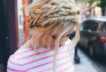 Coiffures & Style - WALLERIANA / Idées de coiffures pour évènements spéciaux et inspiration pour des coiffures originales du quotidien.