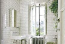 • small & bright - bathroom •