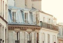 Balades Parisiennes - WALLERIANA / Paris, ses petits coins secrets, ses grandes avenues et ses immeubles haussmaniens. Balades parisiennes et romantiques.