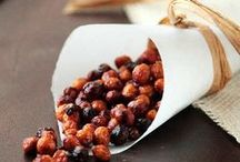 Food: Healthy Snacking / Protein bars, fruit snacking, nuts