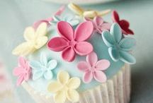 Sugarpaste & Fondant / Great ideas, recipes and tutorials....  Having fun with sweet edible sugar dough and icing!