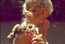 Bohème Inspirations / Tendances pour un style bohème chic. Boho, gipsy, blouses brodées, robes longues, jupons imprimés, coiffures esprit bohème