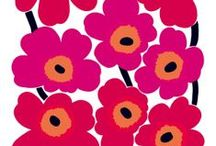 Unikko / Marimekko is not a flower brand - stated founder Armi Ratia sturdy and back came designer Maija Isola with a full collection of big colorful flower prints.    Lucky for us Armi also fell in love with the graphical now iconic poppy print we now know as Unikko - a rebel and an icon since 1964 this one.