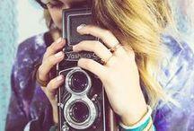 Photograph :: Twin-Lens Reflex Camera Photographer is ... / Twin-Lens Reflex Camera