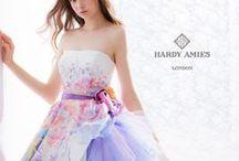 Photograph IDEA :: Dress / Pose example of the Dress