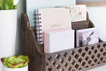 Staying organized. / Organization tips