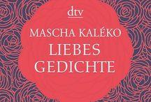M a s c h a  K a l é k o /  »Man hat Mascha Kaléko verglichen mit Morgenstern, Kästner, Ringelnatz, aber das trifft es nicht. Sie hat deren Verspieltheit, satirische Schärfe und Sprachwitz, aber es kommt ein Sehnen hinzu, eine zarte Zerbrechlichkeit, die den Atem nehmen kann …«