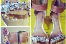 Love Sandálias! / A gente ama sandálias. Ama mesmo, coleciona, até faz carinho nelas às vezes. E diz, tem como não se apaixonar?  Compre online: http://bit.ly/19xPPDZ