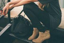 Ankle boots - tendências 2014 / As ankle boots conquistaram o coração das mulheres.  No inverno dá pra usar não só com calça, mas também com short, saia ou vestido!