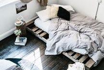 INTERIOR > BEDROOM & CLOSET > / Bedroom Inspiration / Schlafzimmer / Interior / Einrichtung