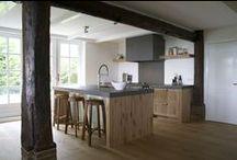 Sijmen Interieur / EIGENTIJDS INTERIEUR & KEUKENS OP MAAT. Interieur en keukens worden voor u ontworpen en gefabriceerd door onze eigen meubelmakerij.