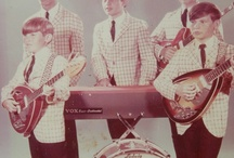 The Bonnevilles / Dwight, Duane, Donnie Lamb, Michael Law, and Steve Riddle. The Midwest Youngest Professional Band. 1966