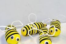 Bumble Bee! / Arts, crafts, activities, learning, pictures, fonts - all things bees, honey, honeycomb and hives for kids!