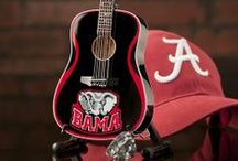 College Mini Guitars / Collegiate mini guitars give fans of the most popular athletic colleges a unique way to rock their passion! This is a sample of some of our past work! Contact us today to get your school rockin!