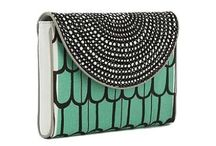 Clutches / Big bags can be so cumbersome. Clutches force decluttering in the bag space for more fun to be had