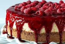 Boozy Cakes Recipes / Delicious cakes and cupcakes that contain alcohol.