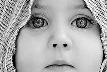 Portraits / Le regard est le miroir de l'âme