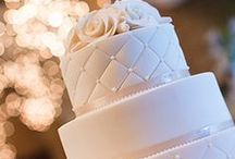 """✽ Wedding cake ✽ / """"Your wedding cake is just as important as your wedding buffet."""" - Sofia Ann"""