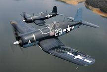 F 4 U Corsair