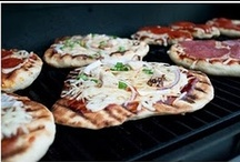 PIZZA ON THE GRILL / by FOODGUY