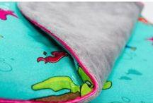 Lapinoo Kocyk Bambusowy Skorupiaki - szaro-różowy / Lapinoo to francuska marka oferująca wysokiej jakości tekstylia dla dzieci. Marka powstała, opierając swe produkty na unikalnym designie, naturalnych tkaninach i szczególnej dbałości o produkt, jaki trafia w Twoje ręce.