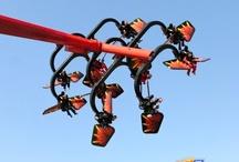Flying Ninjago - Legoland Deutschland (Allemagne) / Photos de l'attraction Flying Ninjago située à Legoland Deutschland (Allemagne). Plus d'information sur notre site http://www.e-coasters.com !! Tous les meilleurs Parcs d'Attractions sur un seul site web !! Découvrez également notre vidéo embarquée à cette adresse : http://youtu.be/k_ENI--S_Aw