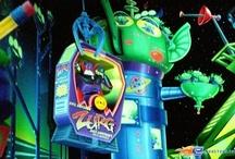 Buzz Lightyear Laser Blast - Disneyland Paris (France) / Photos de l'attraction Buzz Lightyear Laser Blast située à Disneyland Paris (France). Plus d'information sur notre site www.e-coasters.com !! Tous les meilleurs Parcs d'Attractions sur un seul site web !!
