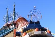 Space Mountain Mission 2 - Disneyland Paris (France) / Photos du Roller Coaster Space Mountain - Mission 2 situé à Disneyland Paris (France). Plus d'information sur notre site www.e-coasters.com !! Tous les meilleurs Parcs d'Attractions sur un seul site web !!