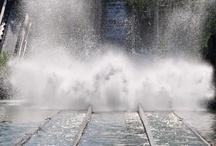 Menhir Express - Parc Asterix (France) / Photos de l'attraction Menhir Express située au Parc Asterix (France). Plus d'information sur notre site www.e-coasters.com !! Tous les meilleurs Parcs d'Attractions sur un seul site web !!