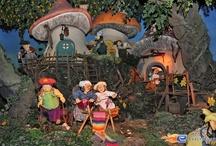 Hey Bos Van Plop - Plopsaland de Panne (Belgique) / Photos de l'attraction Hey Bos Van Plop située à Plopsaland de Panne (Belgique). Plus d'information sur notre site www.e-coasters.com !! Tous les meilleurs Parcs d'Attractions sur un seul site web !!