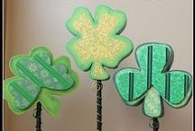 St. Patrick's Day - Decorations /   / by Therese Scribner
