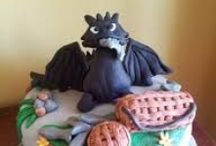 Cakes - How To Train Your Dragon / by Therese Scribner