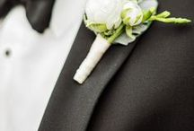 Boutonnieres / Images and inspiration for boutonnieres for grooms and groomsmen