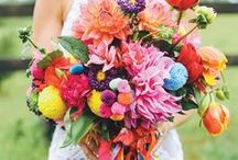 Bright and Bold Summer wedding inspiration / Wedding trend ideas for incorporating vibrant and bold colours throughout your wedding style.