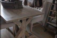 Eettafels Met Landelijk Label / Stoere, Landelijke en Robuuste eettafels. Zelfs tafels op maat in oude stijl! Van robuuste tafels van oud hout tot chique tafels met romantische queen ann tafelpootjes. Te koop bij: www.metlandelijklabel.nl (winkel en webshop)