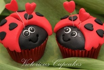 cupcakes / by Denise Smith Wood