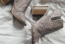 SHOES, SHOES, SHOES / shoes, shoes, shoes