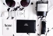 FLATLAYS / One of my favorite kinds of photography, Blogging tutorials and hacks on : http://goo.gl/7RiqW1