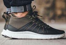 Sneakers / Sneakers & Shoes