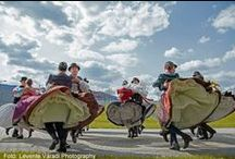 ON THE HUNGARIAN COUNTRY / Towns, Peoples, Customs, Places,  Foods,  and so on
