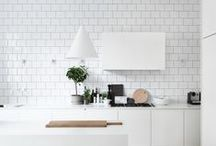 Luxury Kitchens / Spacious, clean designs of all shapes and sizes.
