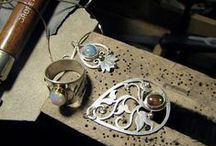 Jewelry Making / How To's, Beginner Jewelry Making, Supplies, Designs, and Custom jewelry ideas