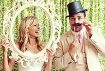 BODAS: Fotos mas allá de lo común / A diario, topamos con fotografías y reportajes de bodas que se salen de lo normal. El encanto y a menudo, escándalo, de estas imágenes nos han obligado a recopilarlas en un tablero...