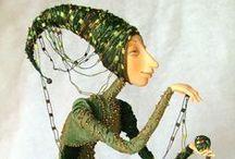Ninas & Puppets / Muñecas, marionetas, figuras resina...