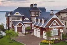 Beautiful Homes / by Nicole Thompson