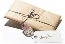 Luxury Gift Wrapping / Christmas gift wrapping and luxury wrapping. DIY luxury wrapping ideas.