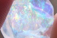 Crystal/opal