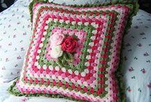 Crochet, Knitt Pillows