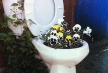 unusual garden features / This is a selection of unusual garden features found on the internet. Deresch Landscaping is/was NOT involved in any of these projects.