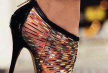zapatos / by Luara Sanchez